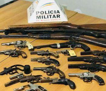 Homem é preso com 13 armas e munições em oficina de Curvelo